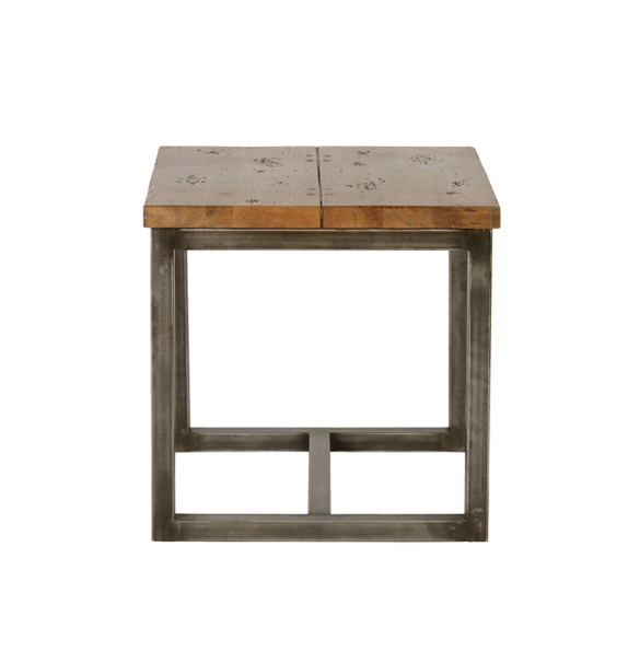 Ironoak Axel Lamp Table in Saloon 3.